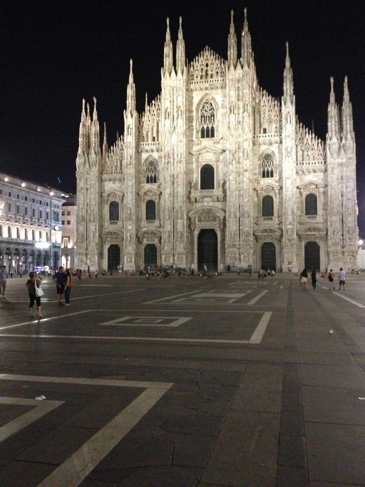 Milano - Via Sardegna , 53 (MM De Angeli)  tel. +39 0239547062 cel. +39 3487262775 martabcs@yahoo.com www.martacappello.it