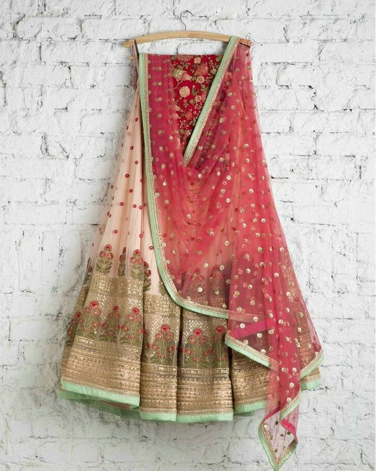 Buy Online Designer Lehenga Choli from Mirraw.com