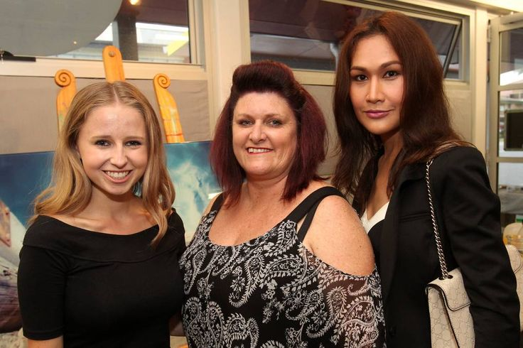 Ainslee Burke, Denee Lowe and Phennapha Inthasith at the TAFE Illawarra photography exhibition launch.