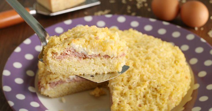 Una ricetta facilissima, velocissima e saporitissima, provate la torta di riso con prosciutto e stracchino.