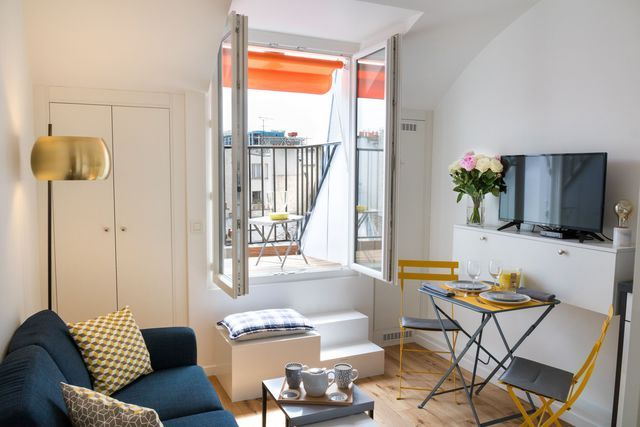 Studio Paris 3 22 M2 Facon Suite D Hotel Chambre De Bonne Renovation Appartement Comment Meubler Un Studio