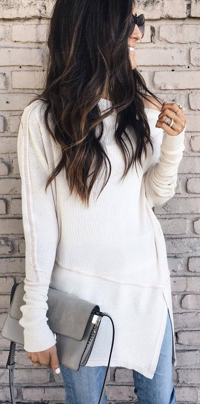 outfit of the day | white sweater + bag + jeans