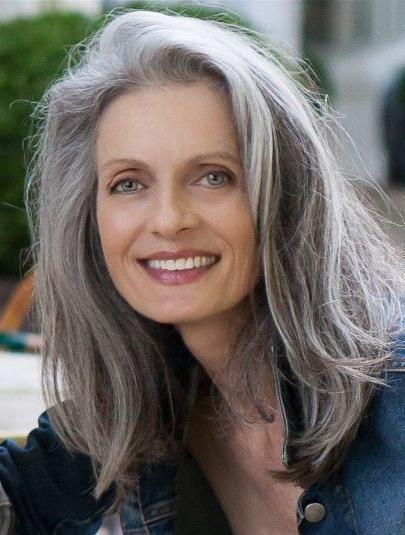 Beliebte Lange Frisuren Für Graue Haare   Grey hair roots ...