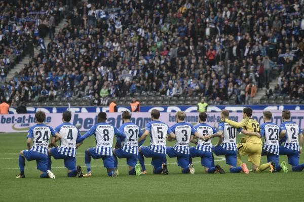 Kneeling before sporting events has spread to Europe after German soccer squad Hertha BSC performed the gesture on Saturday.