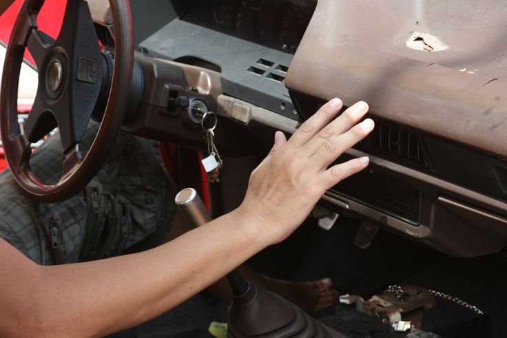 How+to+Tell+if+a+Car's+Water+Pump+Needs+Replacement+--+via+wikiHow.com