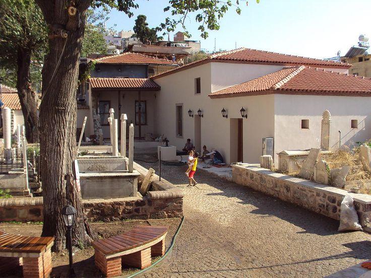 Emir Sultan Türbe ve Hazire Restorasyonu Projemiz