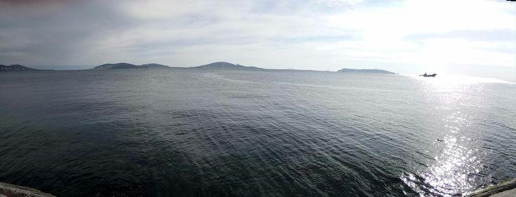 Adalar, Deniz ve Mehtap.