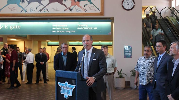 Mayor Richard Berry announced a reunion Tuesday for the Albuquerque International Sunport and Frontier Airlines. The airline left Albuquerque in 2014.