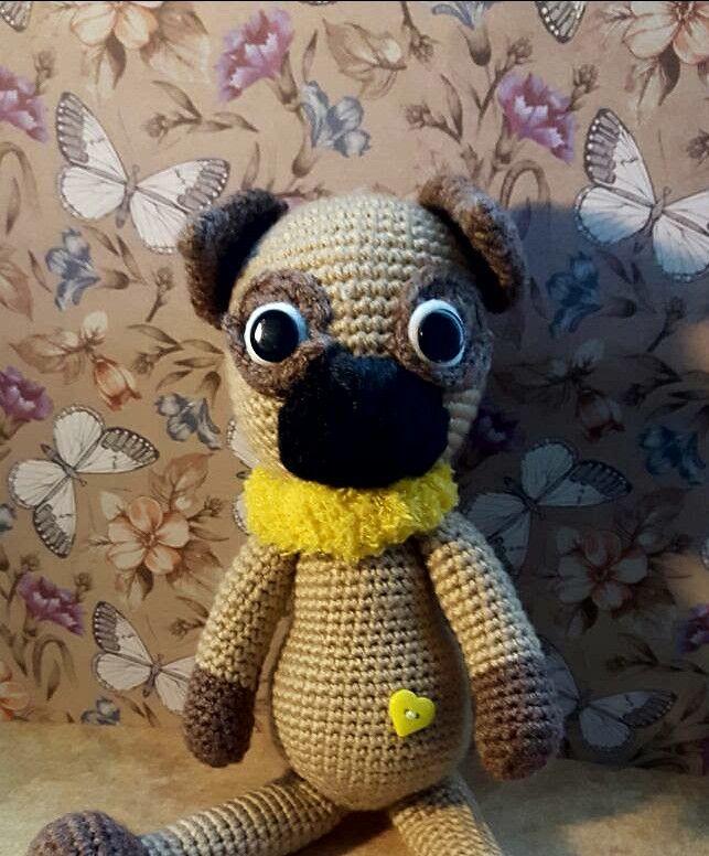 Kuscheltiere - Hund Mops - gehäkeltes Amigurumi Kuscheltier - ein Designerstück von Freudenmacher bei DaWanda