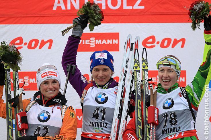 Antholz, 16/01/2014, sprint: 1.Anaïs Bescond, 2. Andrea Henkel, 3. Dar'ja Domracheva