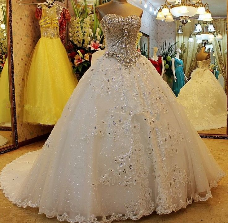 Luxury Lace Bride Wedding Dress High-grade Sweet Romantic Crystal Beading Banquet Ball Gown Party Formal Dresses