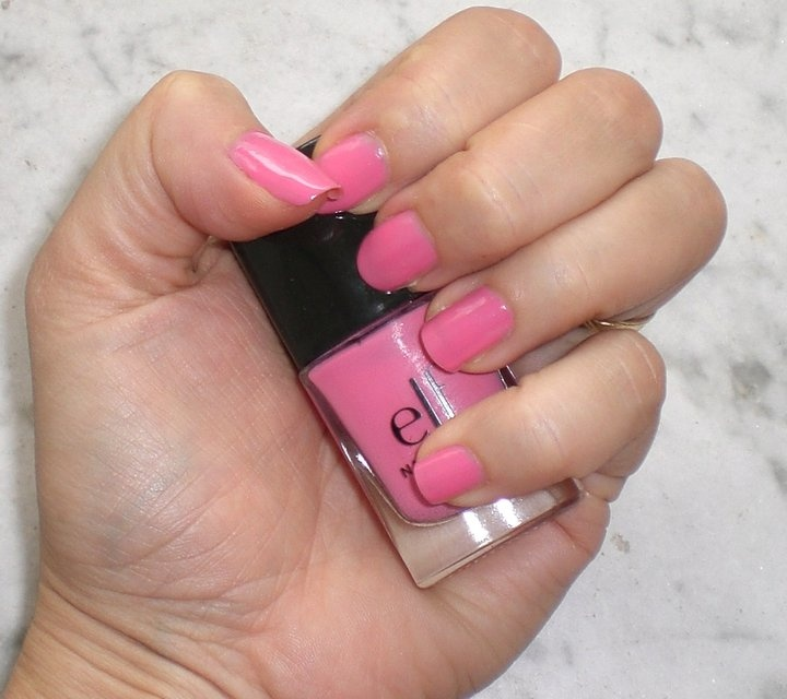 Bubble Gum Nail Art: 86 Best Nail Polish Images On Pinterest