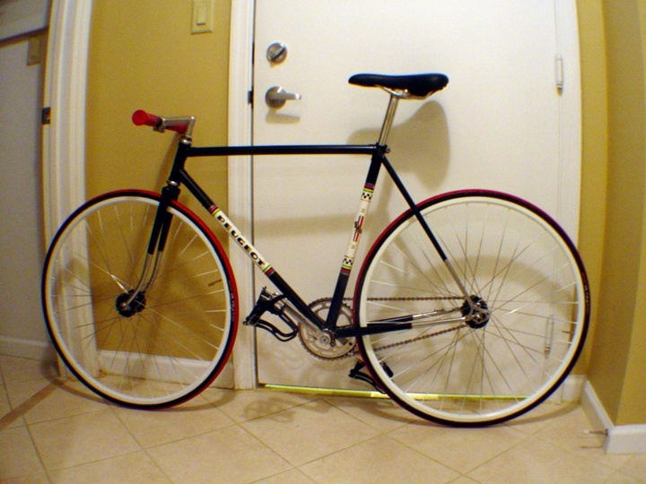 peugeot fixie nice converted peugeot to fixed na bykes. Black Bedroom Furniture Sets. Home Design Ideas
