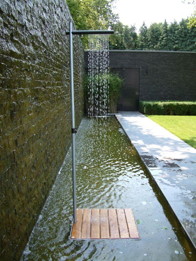design-douche-jardin-idées-inspirantes-portable-acier-inoxydable