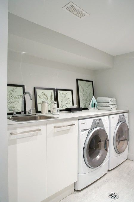 like the ceiling on this laundry room