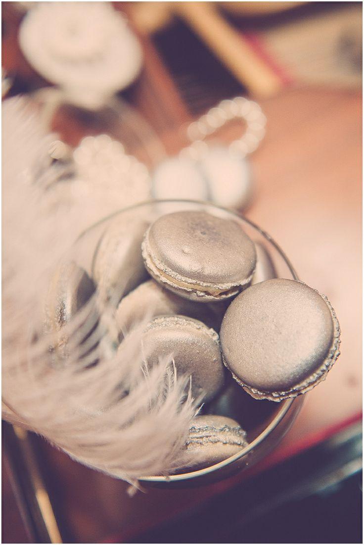 great-gatsby-silver-macarons-wedding-macaroons- I keep pinning macarons.......we get the point Alina