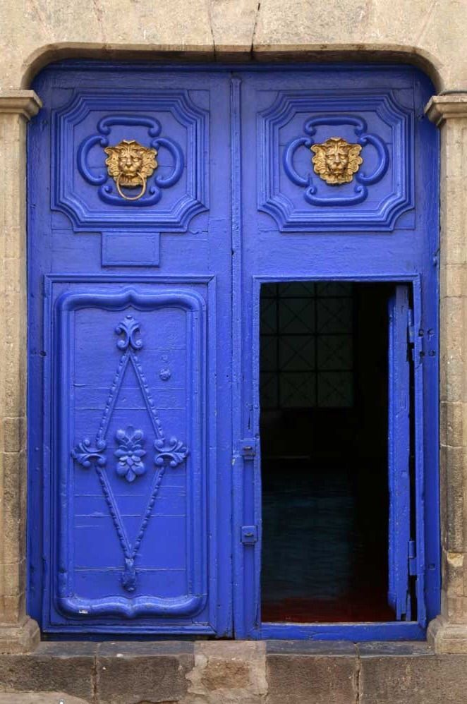 Stunning Blue Doors - Cusco, Peru                                                                                                                                                                                 Mehr
