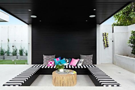 Rebecca Judd / The Style School / Outdoor Living