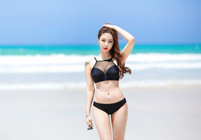 anh-bikini-Cho-Min-Yeong-cang-nay-lua (3)