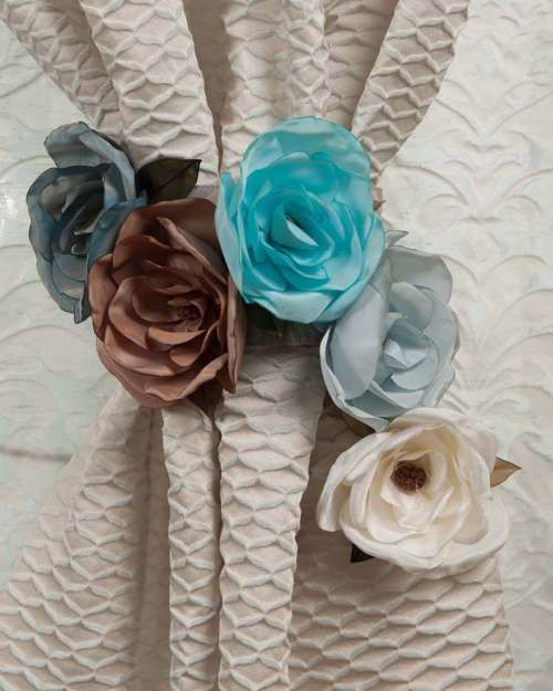 Perdele și draperii la comandă :: Flori decorative pentru perdele si draperii :: Spring :: Accesoriu de prindere trandafir- maro, bleu