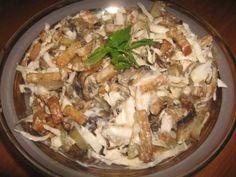 """Салат """"Улетный"""" с грибами Ингредиенты: Свежие грибы500 гр. Огурцы свежие3-4 шт. Картофель500 гр. Яичные белки4 шт. Сметана1.5 стакан Горчица1 ч. л. Яичные желтки4 шт. Зеленый лук - пучокпо вкусу Сахар1 ст. л. Растительное масло100-150 гр. Соль, уксус (или лимонный сок)по вкусу"""