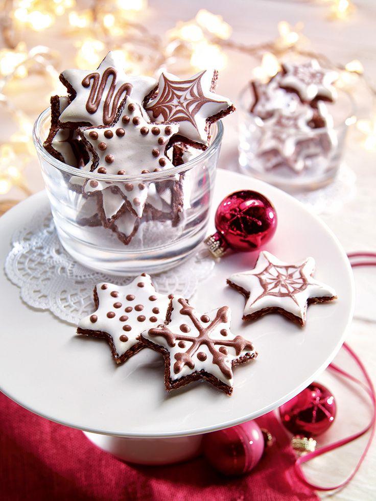 Weihnachtliche Ausstechplätzchen mit Mandeln - ein Klassiker neu interpretiert