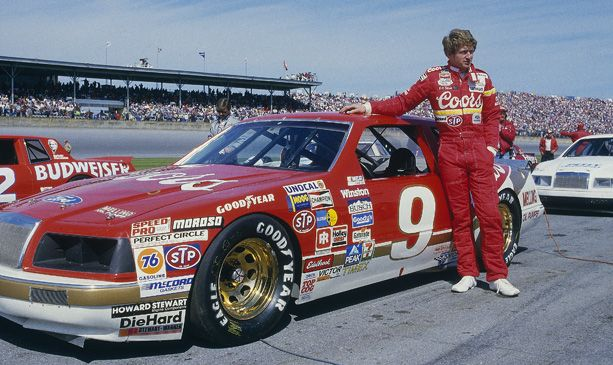 Bill Elliott stands alongside his dominant No. 9 Ford Thunderbird in 1985. my first year of nascar
