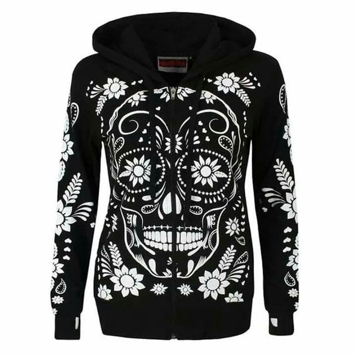 Skull sweatshirt