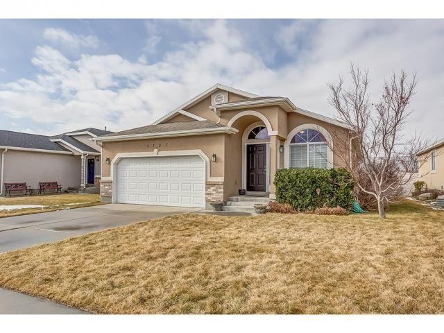 9727 Ferguson Dr Cedar Hills Estate Homes Large Family Rooms