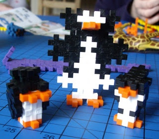 A Penguin Family :) The Brick Castle: Toadstool Toy Review ~ Plus Plus