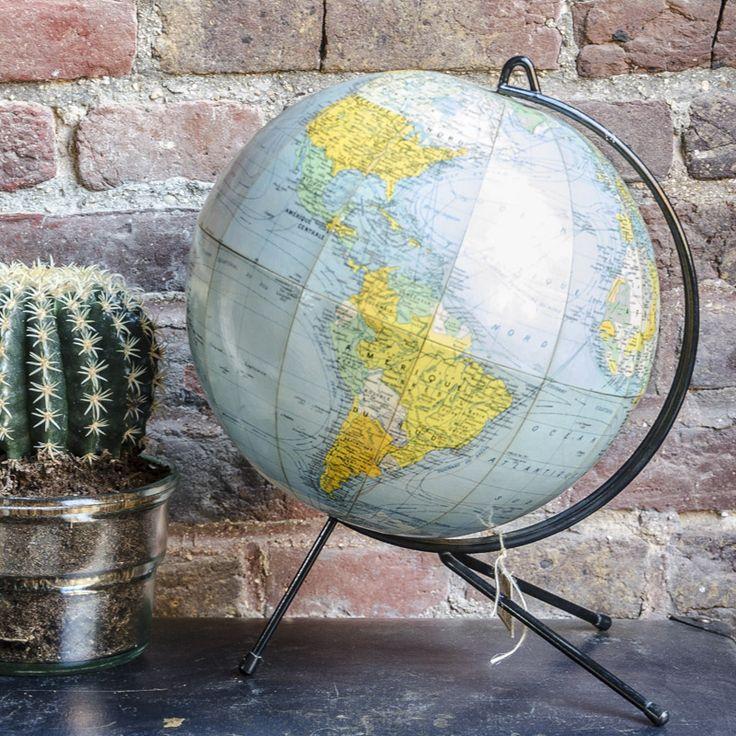 17 meilleures images propos de globes sur pinterest - Globe terrestre en carton ...