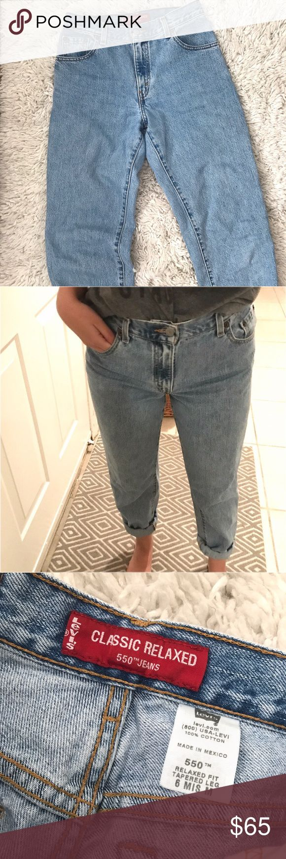 """Levi's 550 Classic Relaxed Mom Jeans Super cute vintage Levi's! Levi's 550. I'm a size 27 and 5'3 rolled up and they fit great! Would best fit 26-27. No signs of wear. 28"""" inseam. Relaxed fit with a tapered leg. High rise. Light wash. Levi's Jeans"""