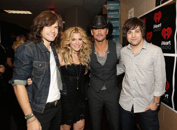 Photos: Tim McGraw, Keith Urban, & More At the 2013 iHeartRadio Music Festival