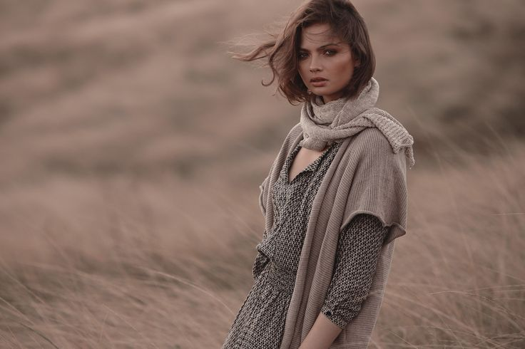 Samira Mini Biba with Ponch in Fawn & Knit Scarf in Cream Marle