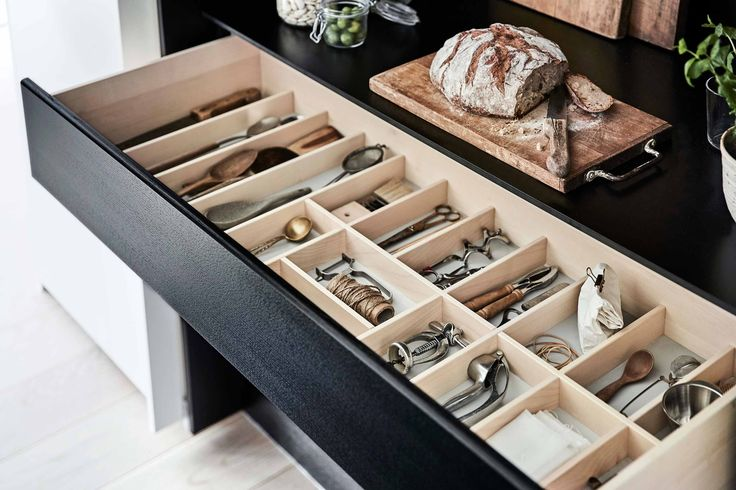 The drawers are handcrafted and the handmade inserts in solid wood will be custom-made to match your needs.