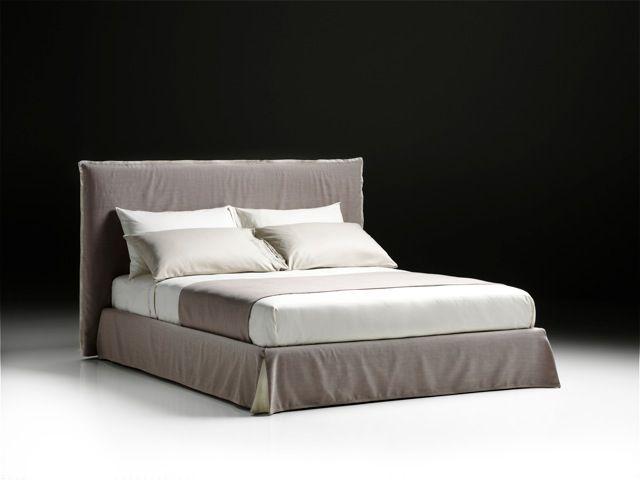 NEVADA, il letto dal design giovane vestito in morbido lino.