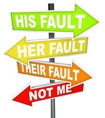 Gedragsproblemen in de klas.Omgaan met moeilijk gedrag vereist aanpassen leerkrachtgedrag.Planmatig kijken naar gedrag.Nadruk op preventie/groepsdynamica.