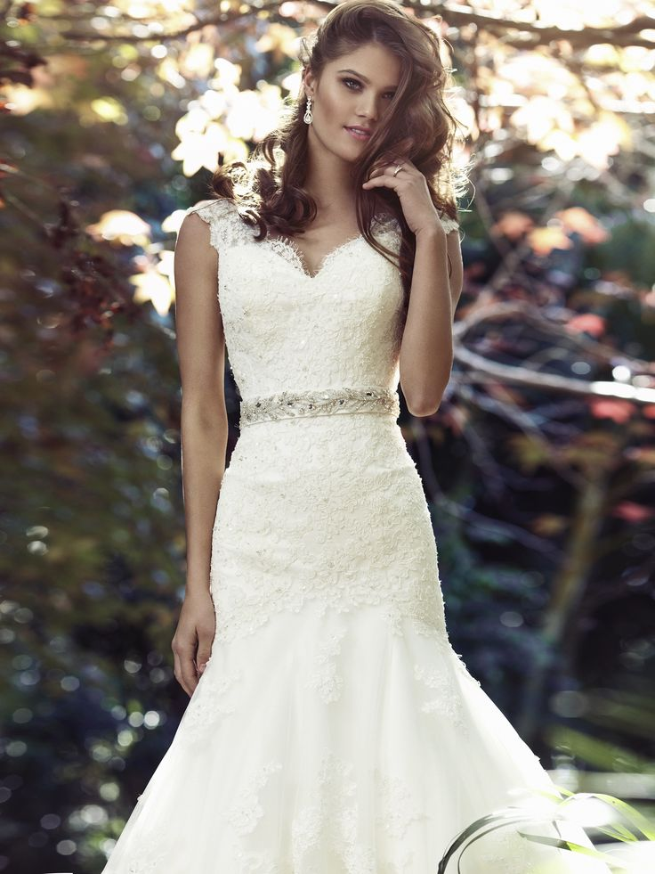 BECCA | Mia Solano | Available at Luv Bridal.