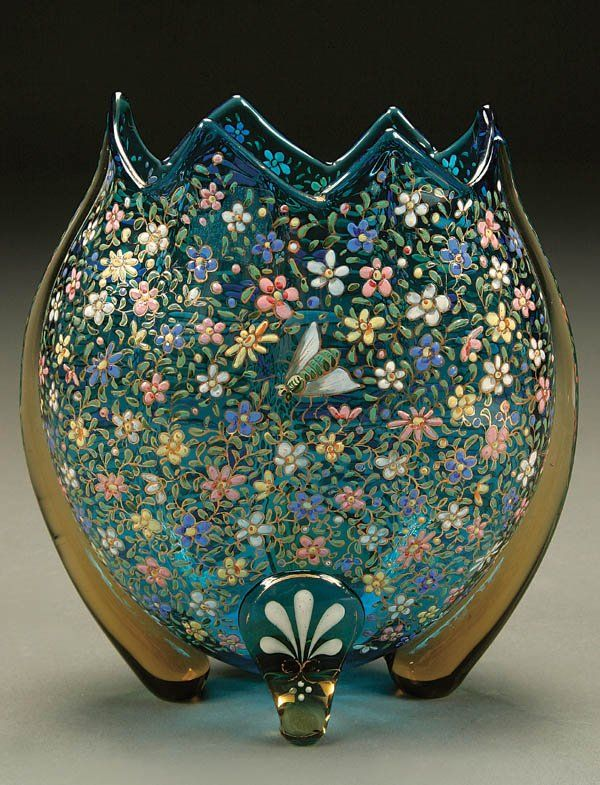 916: A VERY FINE MOSER GLASS VASE; circa 1900; Prussia : Lot 916