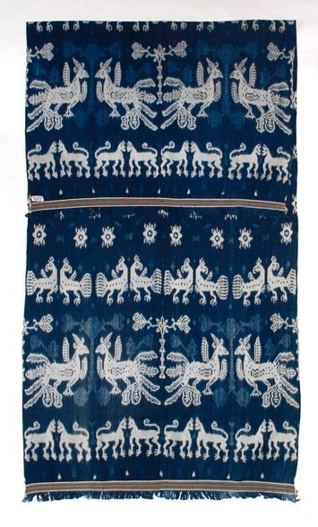 A rare and wonderful indigo ikat hingii, men's shoulder cloth from Sumba, Indonesia. #pattern #texture #textile