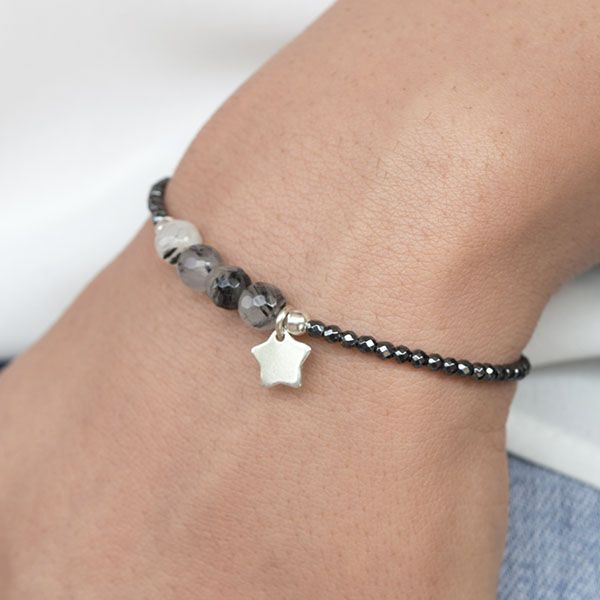 Pulsera de hematite facetado, Ágata facetada en tonos grises y colgante en forma de estrella de Plata de Ley 925. ¡Hecha a mano!
