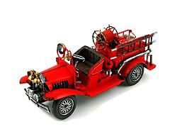Metal Antique Fire Engine - $56.49
