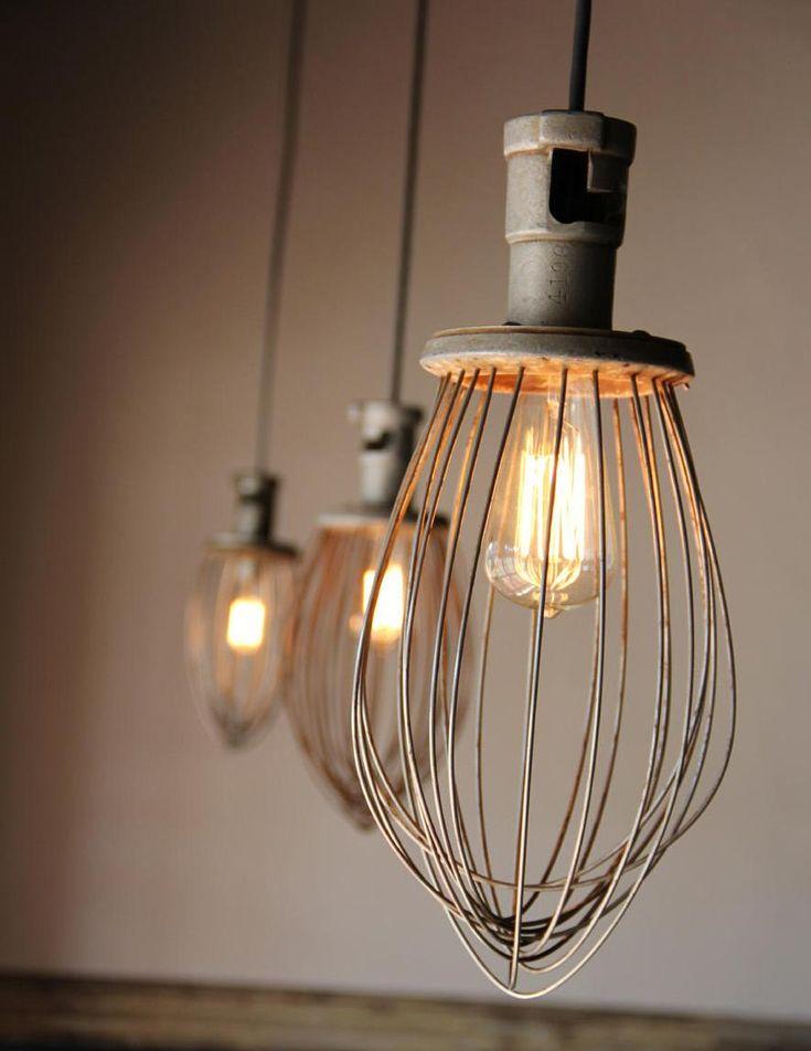 les 25 meilleures id es de la cat gorie lampes suspendues industrielles sur pinterest. Black Bedroom Furniture Sets. Home Design Ideas