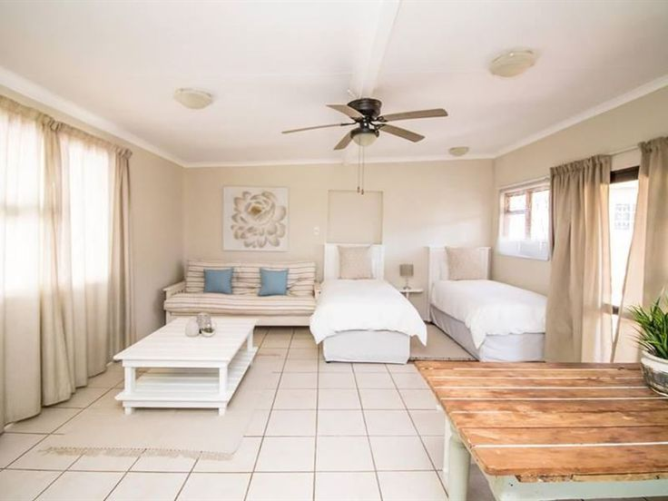 Little Rose Cottage 2 - The Little Rose Cottage 2 is a beautiful and spacious 1 bedroom self-catering unit nestled in the quiet suburb of Charlo in Port Elizabeth that can accommodate up to 4 guests with a full bathroom, kitchen, ... #weekendgetaways #portelizabeth #sunshinecoast #southafrica