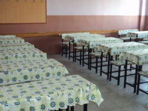 İlkokul sıra örtüsü,okul sıra örtüleri,sıra örtüsü modelleri,sandalye minderi,minderi ve sınıf perdesi,sınıf perdeleri,öğretmen masa örtüleri,güneşlik,karartma perdeleri ihtiyacıyla ev-okul-yurt tekstili ürünlerini karşılamaya yönelik bir site.