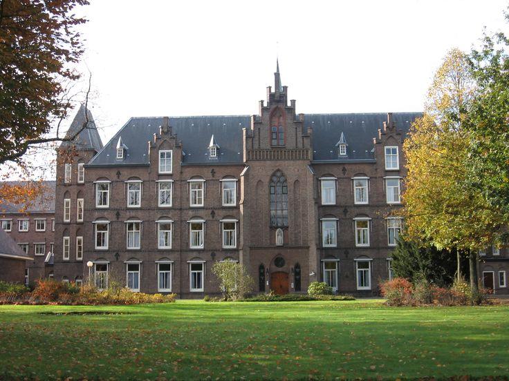 Mariënburg, Brinklaan 82, Bussum, Noord-Holland.