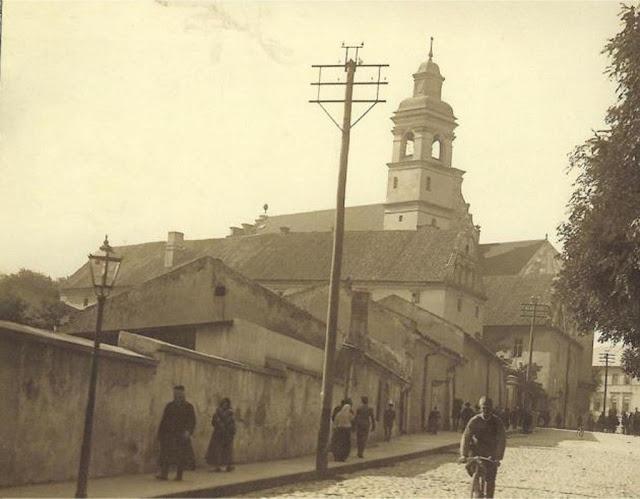 Kościół Nawrócenia Św. Pawła, ul. Bernardyńska.