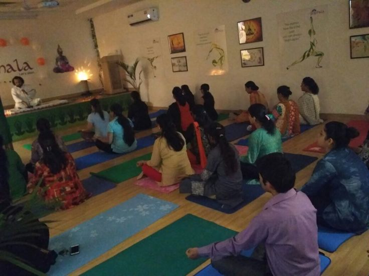 Namo Gange Namaskar! The Founder of Namo Gange Trust, Acharya Shree Jagdish Ji Maharaj conducted a high profile 'Mantra's Healing Workshop' at The Yogshala, Gujranwala Town, Delhi. http://www.theyogshala.com #TheYogshala #NamoGangeTrust #MantraHealingWorkshop #AcharyaShreeJagdishJiMaharaj