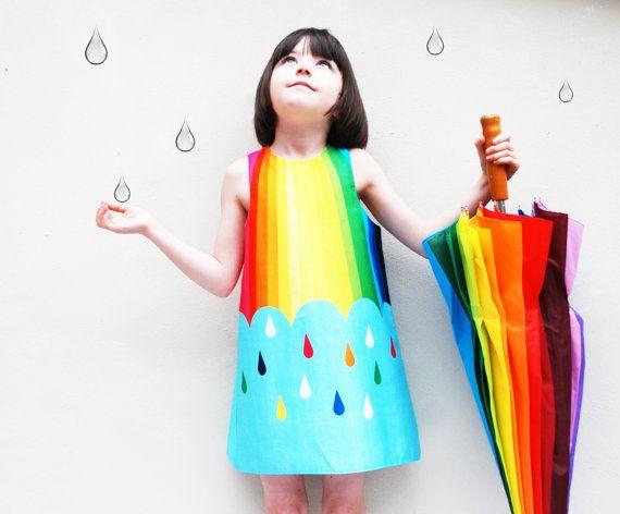 Vestido de niñas en el espectro del arco iris por wildthingsdresses