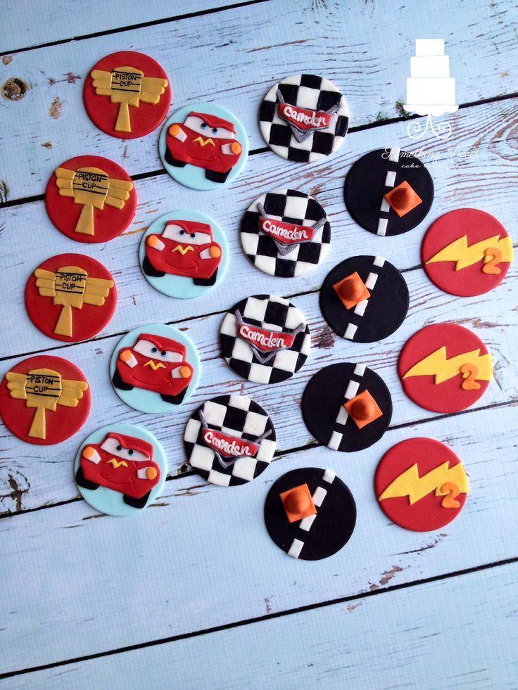 Disneys cars cupcakes. Cupcake toppers.